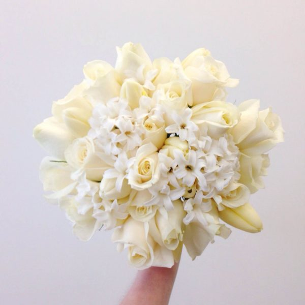 How to create an affordable wedding bouquet | Big On Flowers